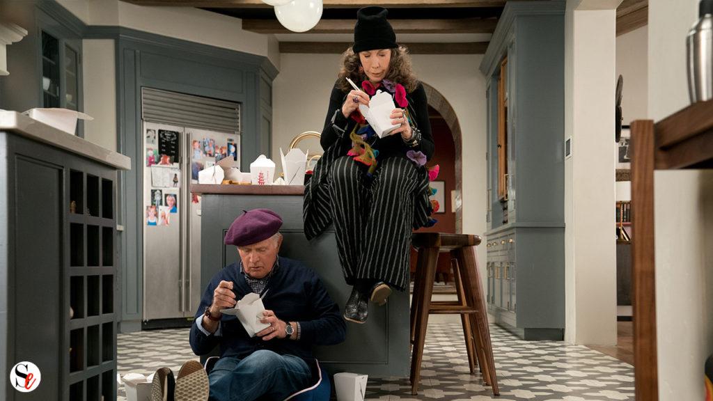 Frankie y Robert comiendo en la cocina
